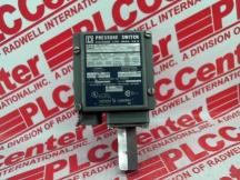 SCHNEIDER ELECTRIC 02493