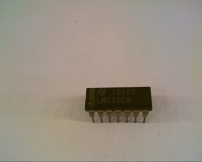 NATIONAL SEMICONDUCTOR LM710CN