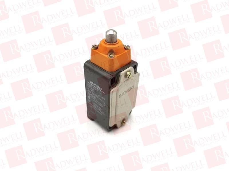 New in box Siemens 3SE3 120-1E One year warranty
