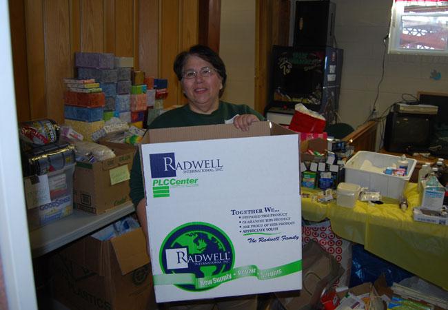 Nous avons fait don de centaines de boîtes aux victimes de l'ouragan Sandy.
